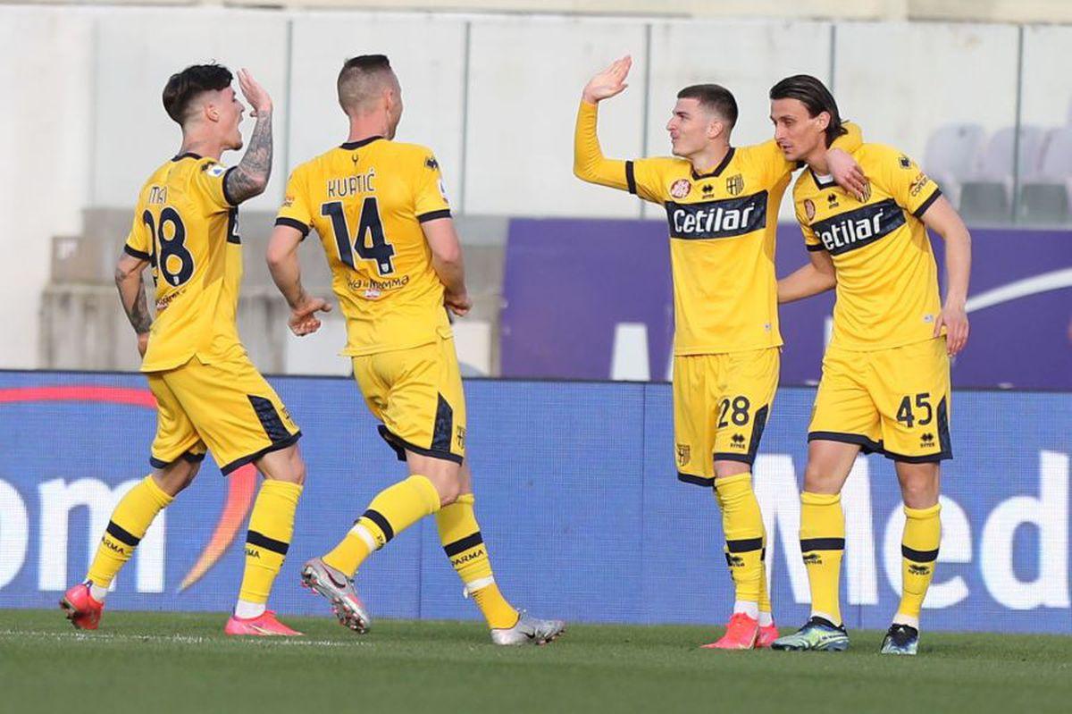 """FOTO+VIDEO. Fiorentina - Parma 3-3 » Românii au intrat și au """"dinamitat"""" terenul Fiorentinei: Mihăilă, gol din faza lucrată de Man și pasă de gol! » Ghinionul a lovit însă în prelungiri"""