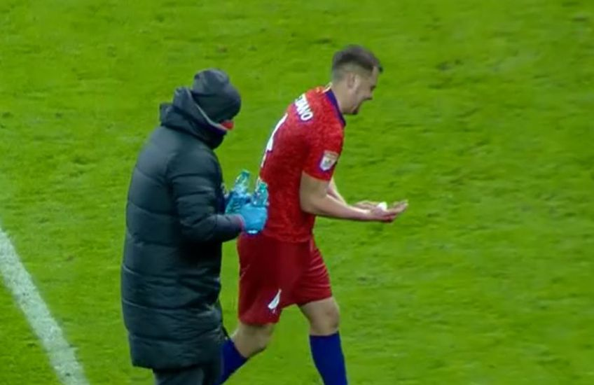 În minutul 24 al meciului FCSB - Gaz Metan, Andrei Miron (26 de ani), stoperul gazdelor, a fost tăiat cu crampoana de Mihai Butean (24), fundașul dreapta al medieșenilor.