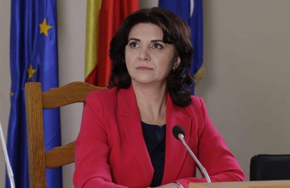 Monica Anisie este ministrul Educației și Cercetării al României din 4 noiembrie 2019