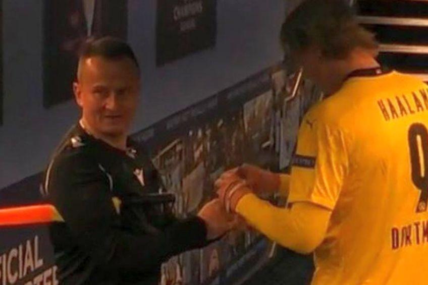 Octavian Șovre a primit un autograf din partea lui Erling Haaland. FOTO: BT Sport