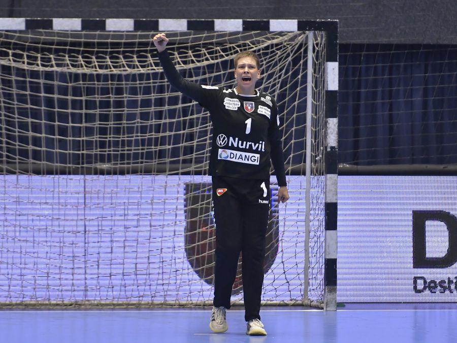 Daciana Hosu a avut 16 mingi apărate FOTO sportpictures.eu