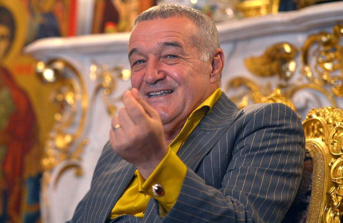 """Ce mașină de lux conducea Becali când i-a fost luat permisul: """"E singura din România"""""""