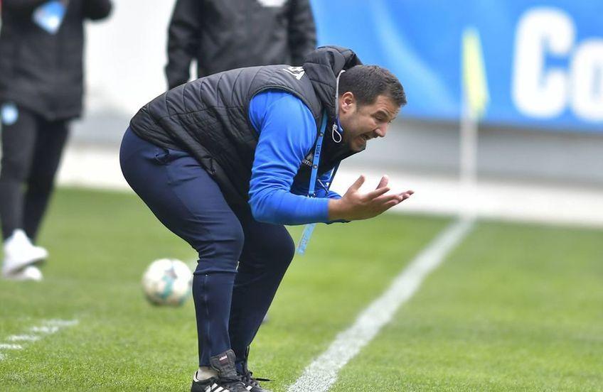 """Marius Croitoru, 40 de ani, antrenorul lui FC Botoșani, l-a criticat dur pe """"centralul"""" Adrian Cojocaru după eșecul cu FCSB, 1-3."""