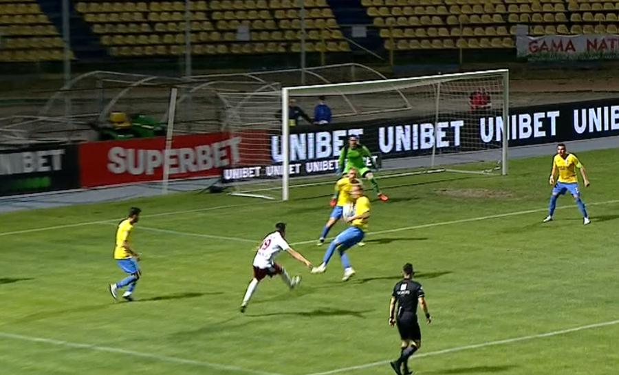 Dunărea Călărași - Rapid 3-2 » Rezultat miraculos în play-off, după două goluri inventate de arbitru și două penalty-uri neacordate!
