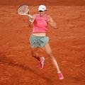 """Poloneza Iga Swiatek (20 de ani, 9 WTA) s-a calificat în sferturile de finală de la Roland Garros 2021. A învins-o luni, în sesiunea de seară de pe """"Philippe Chatrier"""", pe ucraineanca Marta Kostyuk (18 ani, 81 WTA), scor 6-3, 6-4."""