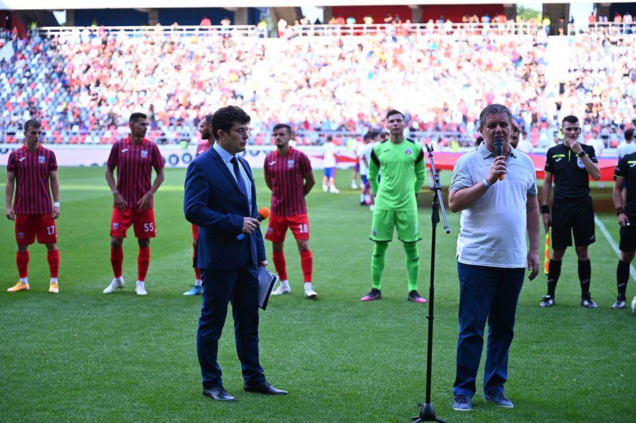 """Steaua a retras numărul 7 » """"Fiara"""", în lacrimi! Lăcătuș, """"sabotat"""" în timpul discursului"""