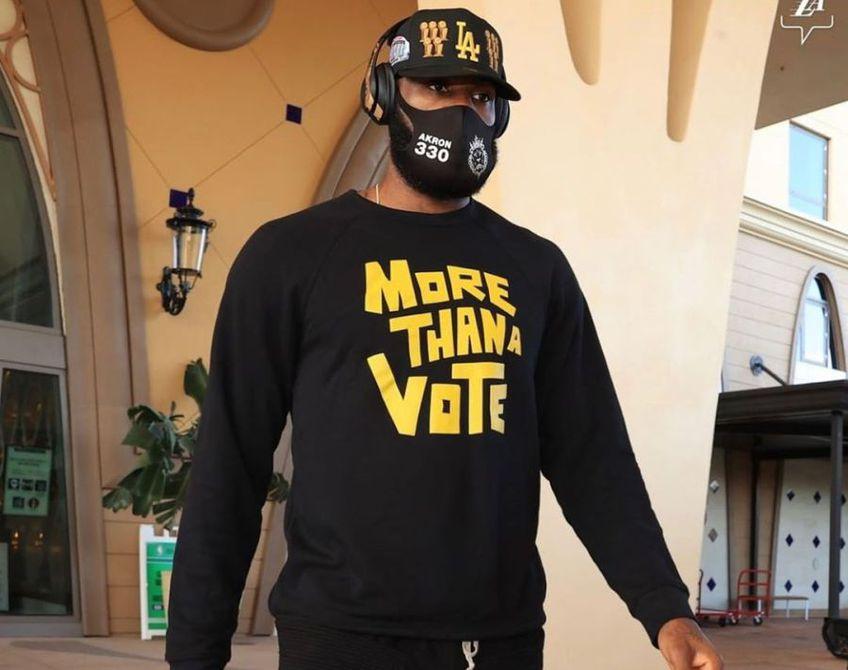 LeBron James, baschetbalistul lui LA Lakers, a simțit gustul victoriei și a lansat o serie de ironii la adresa lui Donald Trump. Cei doi au avut mai multe schimburi dure de replici în ultimii ani.