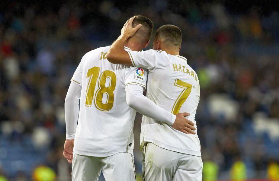 Luka Jovic (#18), alături de Eden Hazard // foto: Imago