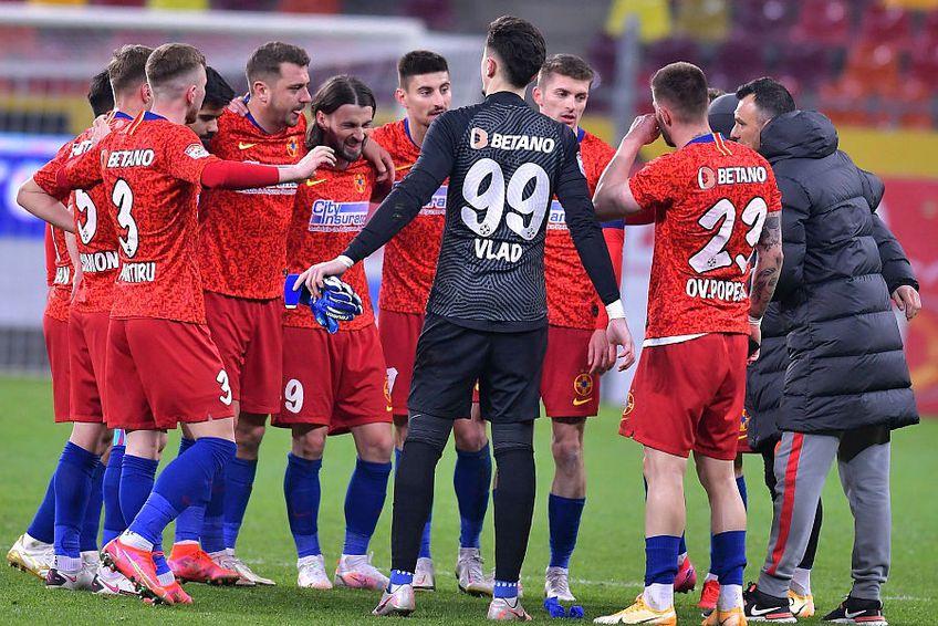 FCSB s-a impus cu greu în fața lui Gaz Metan, pe teren propriu, scor 1-0 // FOTO: Facebook.com/FCSBOfficial/