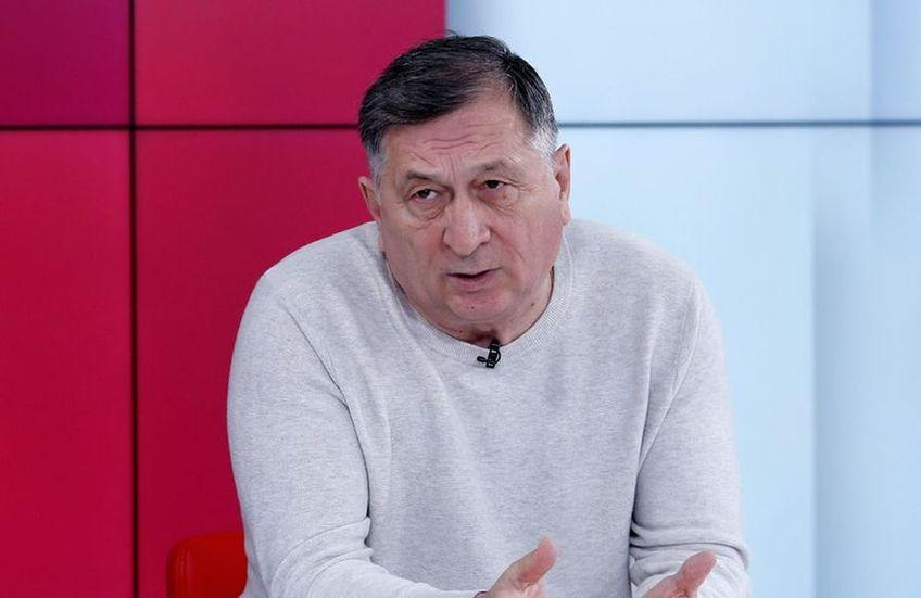Ion Crăciunescu, 70 de ani, fost mare arbitru internațional, consideră că FC Argeș ar mai fi trebuit să beneficieze de un penalty în partida câștigată cu Poli Iași, scor 2-1.