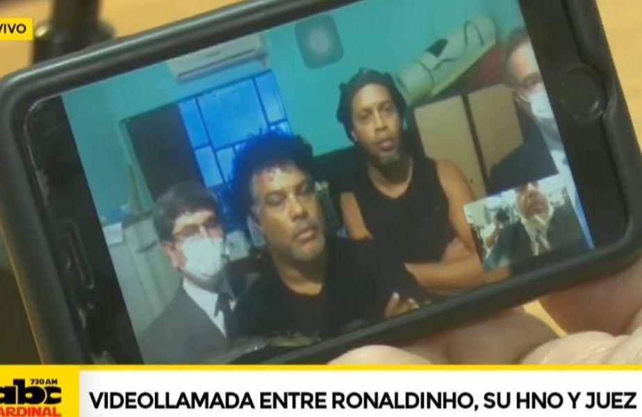 Ronaldinho a aflat că va pleca din închisoare printr-un apel video // sursă foto: captură YouTube @ ABC TV Paraguay