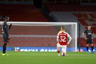 """Controversă pe """"Emirates"""" » Jucătorii lui Arsenal și arbitrul au îngenuncheat, fotbaliștii Slaviei i-au privit din picioare: """"Dezgustător"""""""