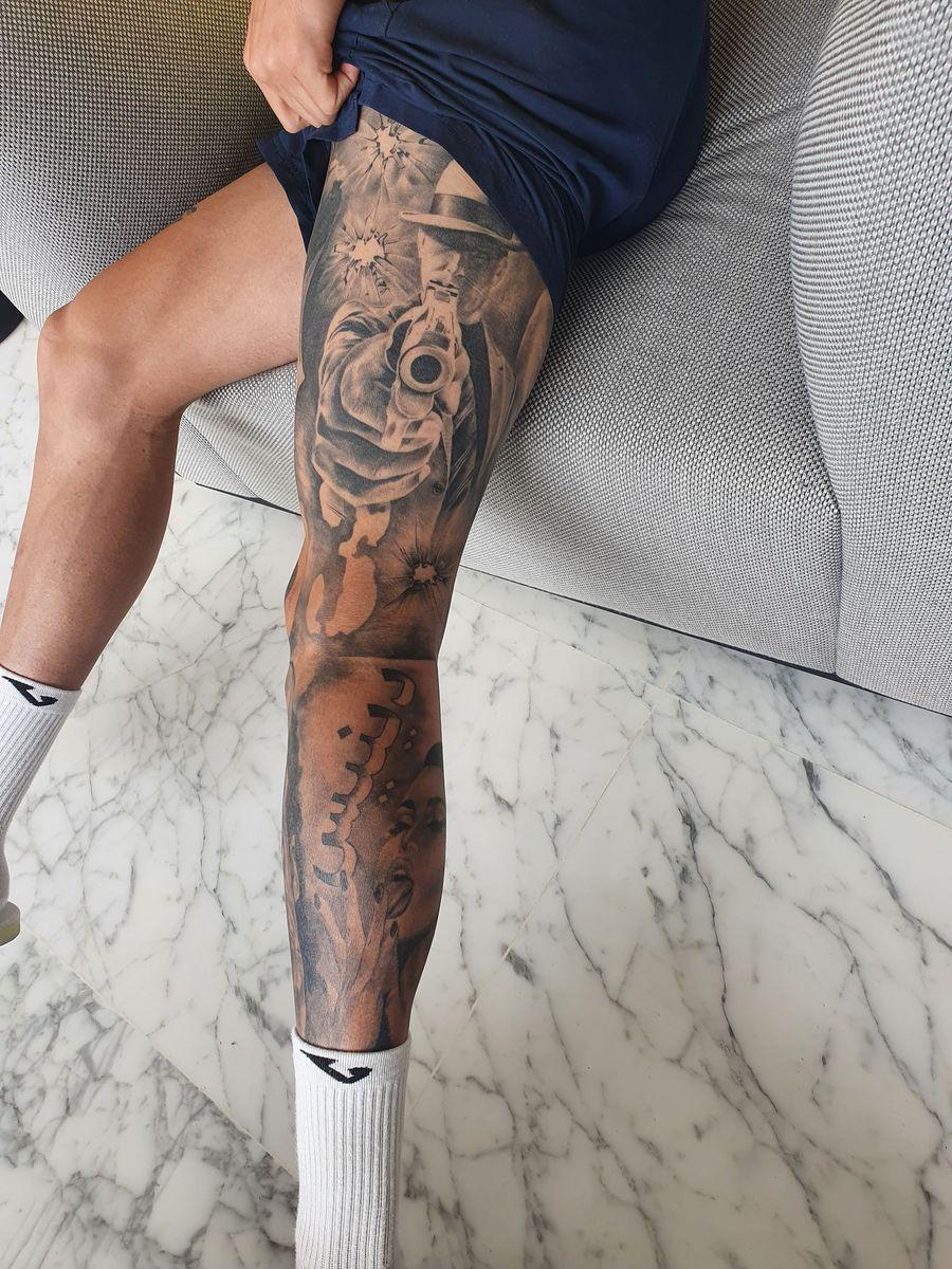 """Internaționalul Craiovei recunoaște: """"Eram stelist în copilărie, dar am ales perfect"""" » Are tatuaj inspirat din """"Peaky Blinders"""", e fan Drake și vrea la cină cu Rihanna"""