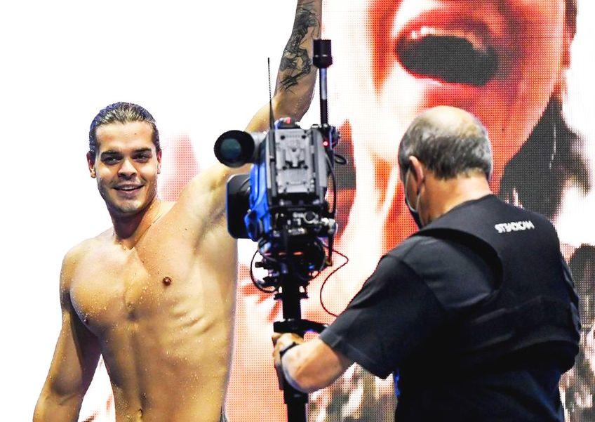 Robert Glință (24 de ani), campion european la natație în proba de 100 m spate, crede că Marian Drăgulescu (40 de ani) și Simona Halep (29 de ani) ar trebui să poarte drapelul României în festivitatea de deschidere de la Jocurile Olimpice.
