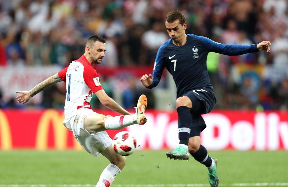 """Franța nu a mai pierdut un meci oficial pe teren propriu din 2013, perioadă în care a reușit 12 victorii și două rezultate de egalitate. """"Cocoșii galici"""" sunt favoriți și azi, contra Croației, în partida programată la ora 21:45."""