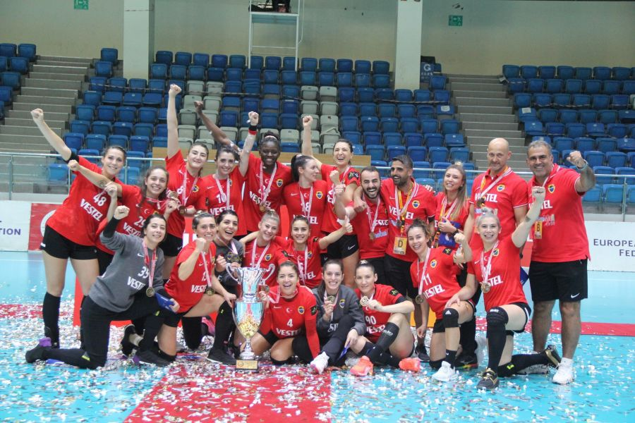 """Costică Buceschi vorbește despre experiența de a antrena în Turcia: """"Vor să ajungă să câștige Liga Campionilor!"""""""