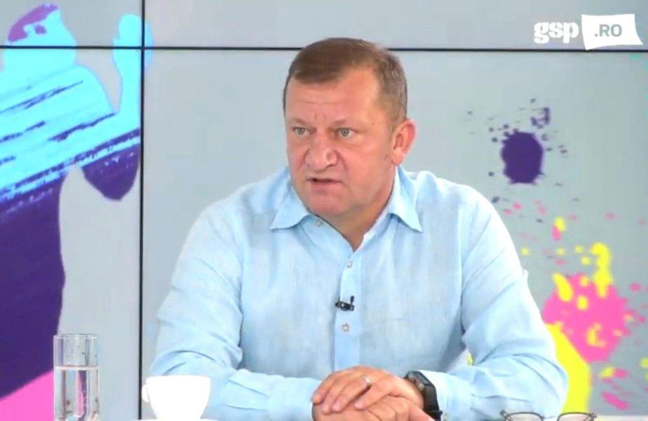 Dorinel Munteanu (52 de ani), fost antrenor la FC Argeș