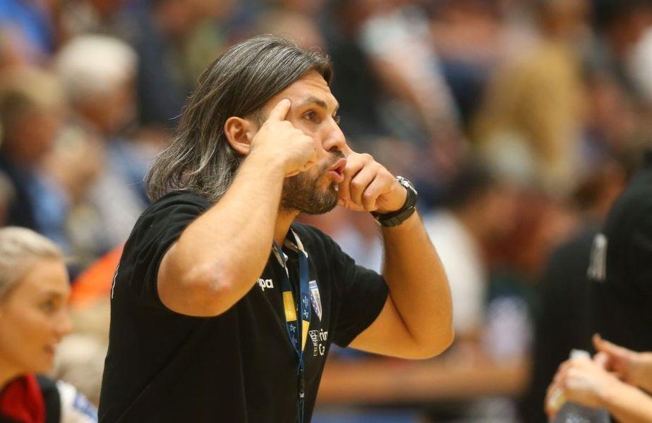 Adrian Vasile, 38 de ani, antrenorul CSM București, a analizat jocul naționalei de handbal care merge în grupele principale de la Campionatul European cu 0 puncte.