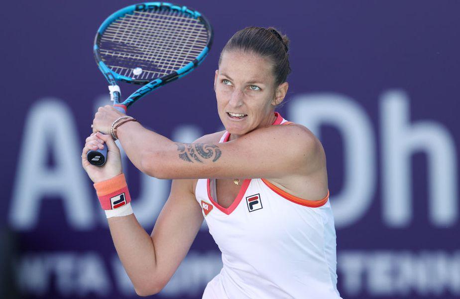 Karolina Pliskova (28 de ani, 6 WTA) a fost învinsă de rusoaica Anastasia Gasanova (21 de ani, 292 WTA), scor 2-6, 4-6, în turul secund de la WTA Abu Dhabi.