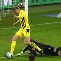 Borussia Dortmund s-a impus în deplasarea de la Leipzig, scor 3-1. Bayern profită de acest rezultat și rămâne pe primul loc în Bundesliga.