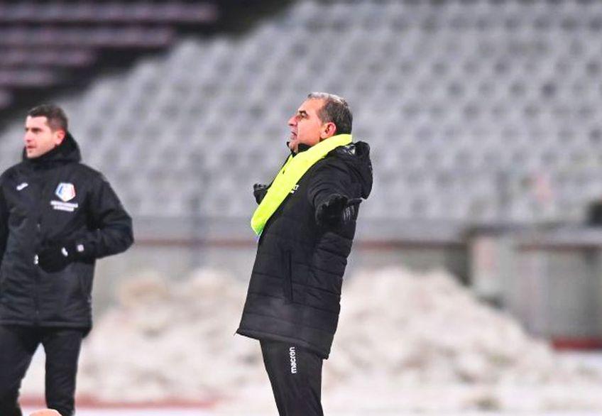 """Ionel Gane (49 de ani), antrenorul """"câinilor"""", și-a desființat fotbalistul."""