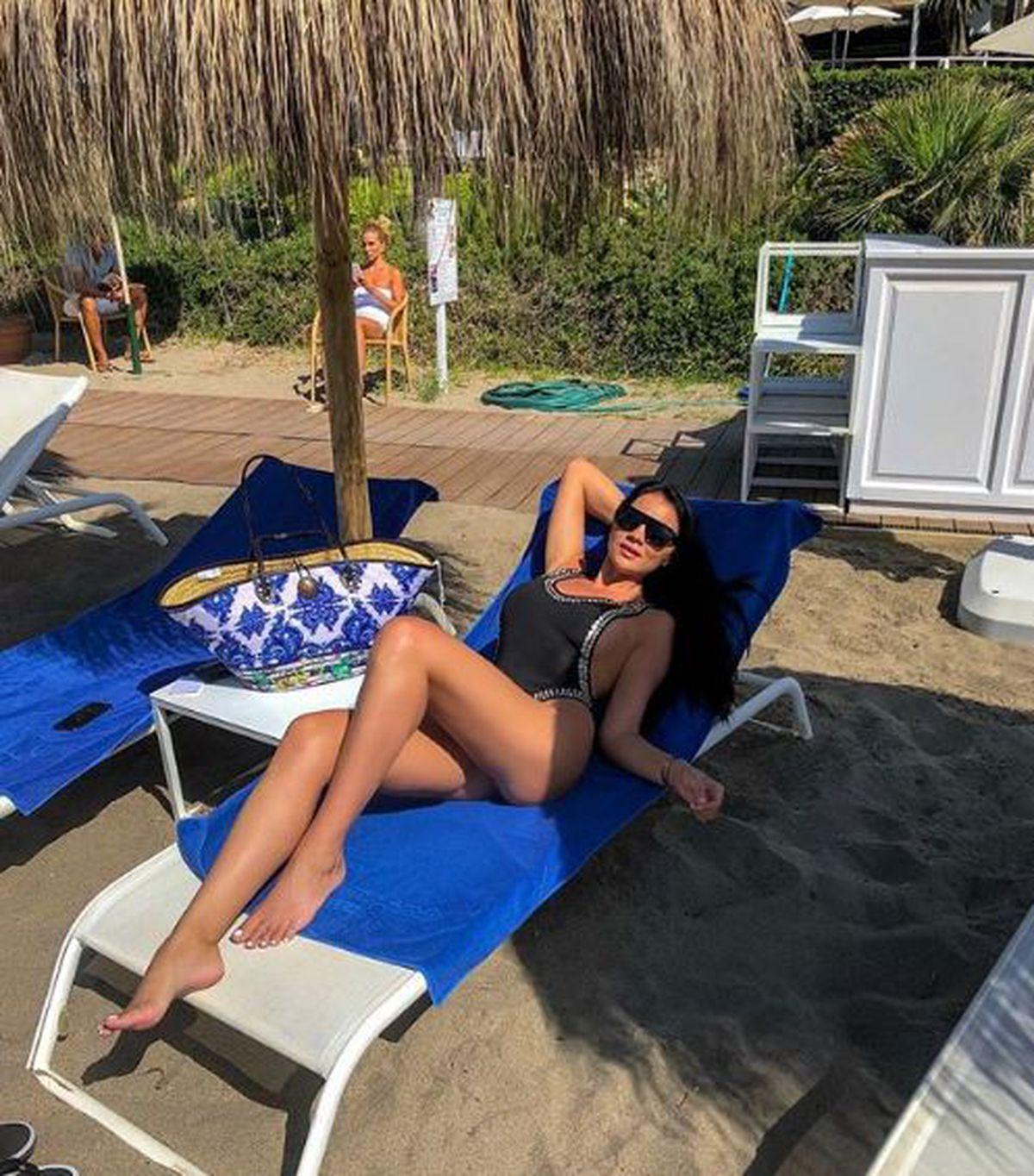 Dezvăluirile unui tabloid: Ciprian Marica e spaima prietenilor! Ar fi încercat să-i fure iubita unui coleg de la națională