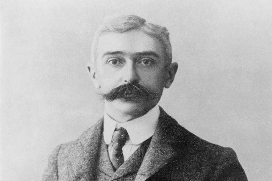 Baronul Pierre de Coubertin, cel care, deşi a fost iniţiatorul Jocurilor Olimpice moderne, a refuzat ca femeile să participe, la Atena 1896, la întreceri
