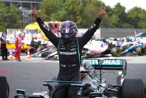 Lewis Hamilton, victorie spectaculoasă în MP al Spaniei! Strategie de manual pentru pilotul de la Mercedes