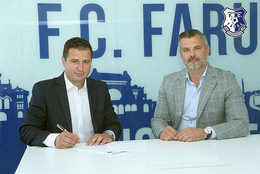 Ianis Zicu și Tibi Curt, managerul lui Farul // FOTO: https://fcfarulconstanta.ro/