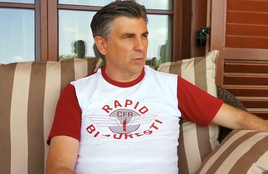 Ionuț Lupescu, îmbrăcat în tricoul Rapidului. Sursă foto: Rapid TV