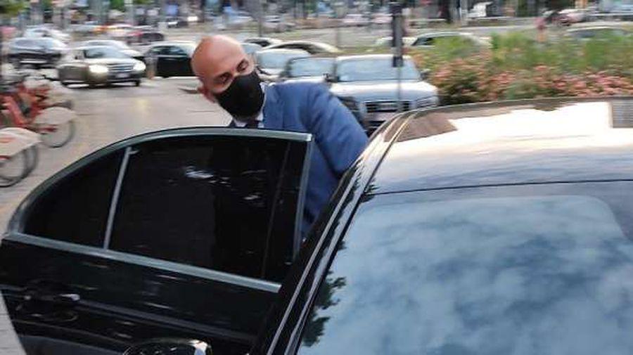 Răzvan Marin, în fața transferului carierei » Paolo Maldini, surprins alături de președintele lui Cagliari
