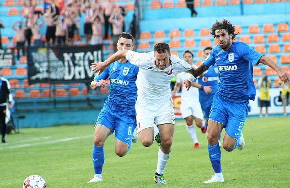 Debeljuh a fost titular la Hermannstadt în 23 de partide de Liga 1, dintr-un total de 30 în care a jucat