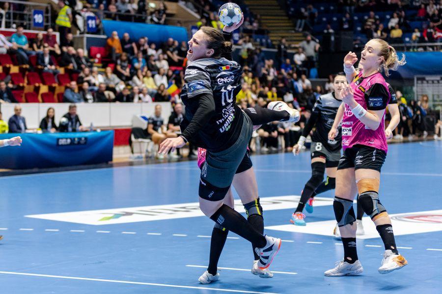 Dragana Cvijici poate juca primul meci în actuala ediție FOTO Dan Potor