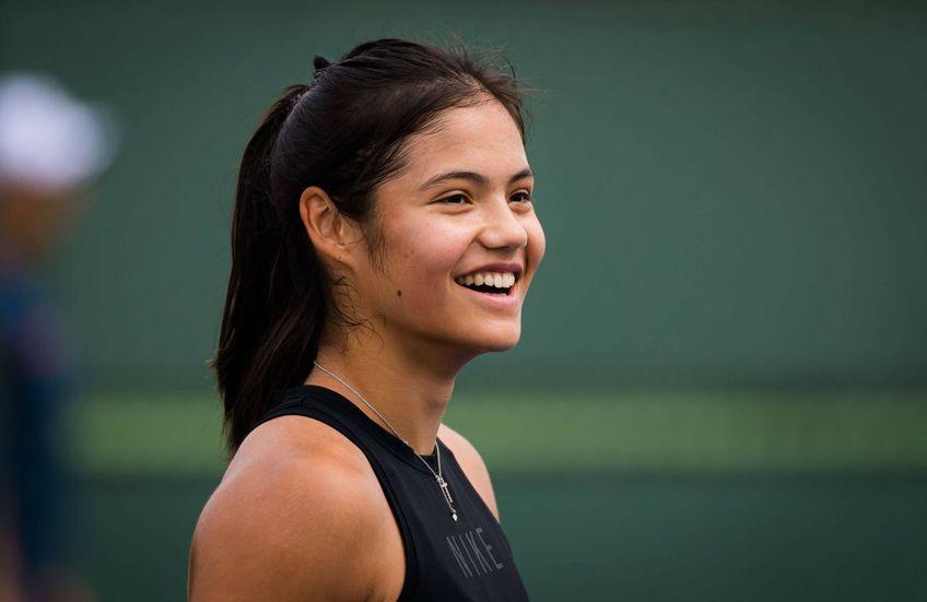 Argentinianul Carlos Rodriguez (57 de ani) e favorit să o antreneze pe Emma Răducanu (18 ani, locul 22 WTA).