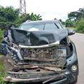 Eto'o a scăpat nevătămat după un teribil accident auto suferit în orașul Nkongsamba din Camerun.