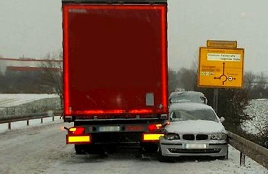 Un incident auto din Germania a avut un final fericit, șoferul de TIR implicat reușind să salveze o șoferiță de BMW.