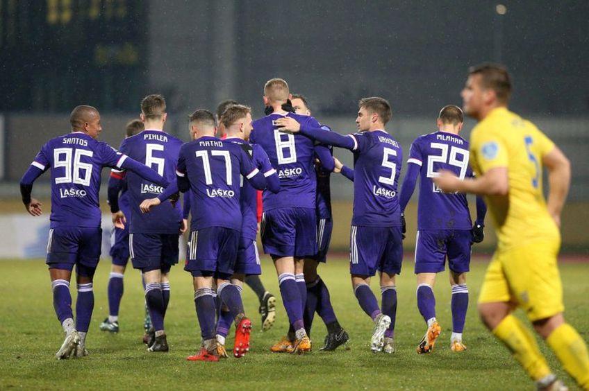 Alexandru Crețu (#8) a marcat de două ori pentru Maribor // foto: Facebook @ NK Maribor