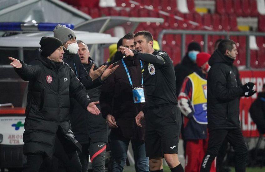 Edward Iordănescu nu va sta pe bancă la meciul cu FCSB FOTO: Alexandra Fechete