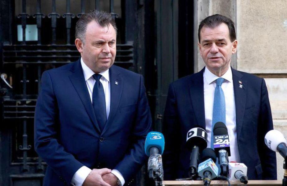 Nelu Tătaru, în stânga, a vorbit despre situația de la Suceava