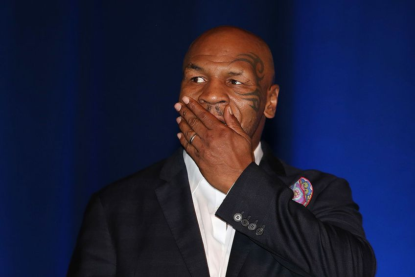 Mike Tyson, impresionat de Francis Ngannou