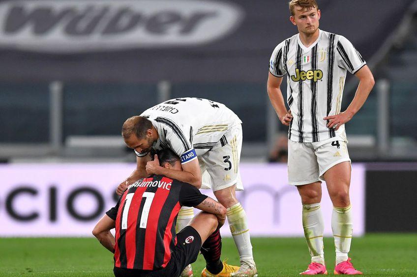Zlatan Ibrahimovic e consolat de Chiellini după ce s-a accidentat la genunchi // Foto: Getty Images
