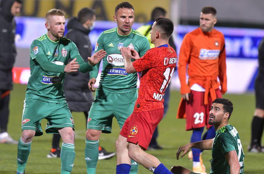 Rachid Bouhenna (dreapta, jos), într-un meci FCSB - Sepsi / Imago