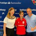 Pablo Cortacero, cel care vrea s-o cumpere pe Dinamo, alături de soție și de băiatul său