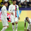 Thiago Silva (nr. 2) nu va mai continua la PSG // Sursă foto: Getty