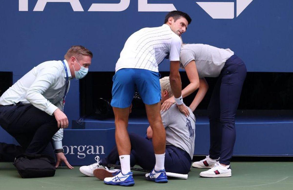 Novak Djokovic, descalificat de la US Open