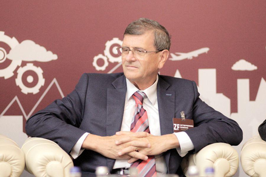 """Înregistrare uluitoare din avionul CFR-ului » Patronul Nelu Varga înjură oribil co-acționarul clubului: """"Nu băgați în seamă p***a asta ordinară"""""""