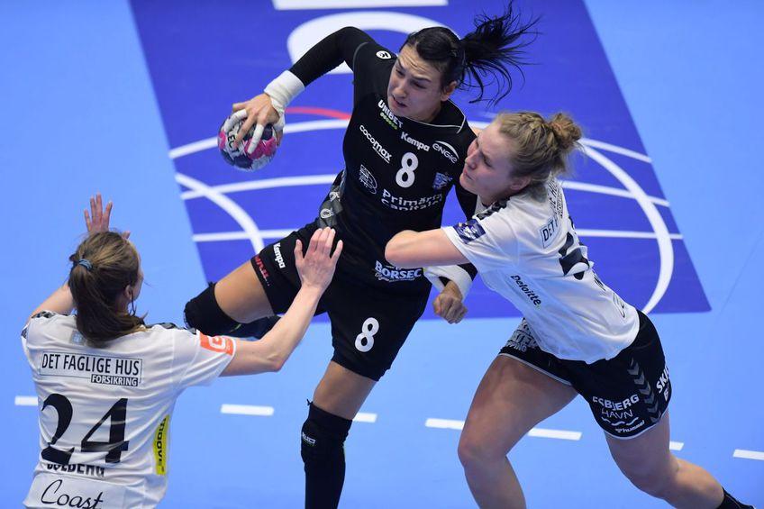 Cristina Neagu le va avea din nou adversare duminică pe Sanna Solberg (nr. 24) și Vilde Ingstad // FOTO Raed Krishan