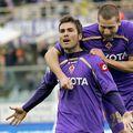 Adrian Mutu (stânga), la Fiorentina