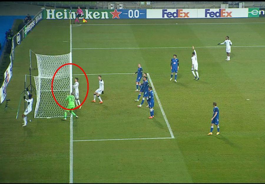 Momentul în care Ianis Hagi trimite mingea în plasă. FOTO: Captură @TV Telekom Sport