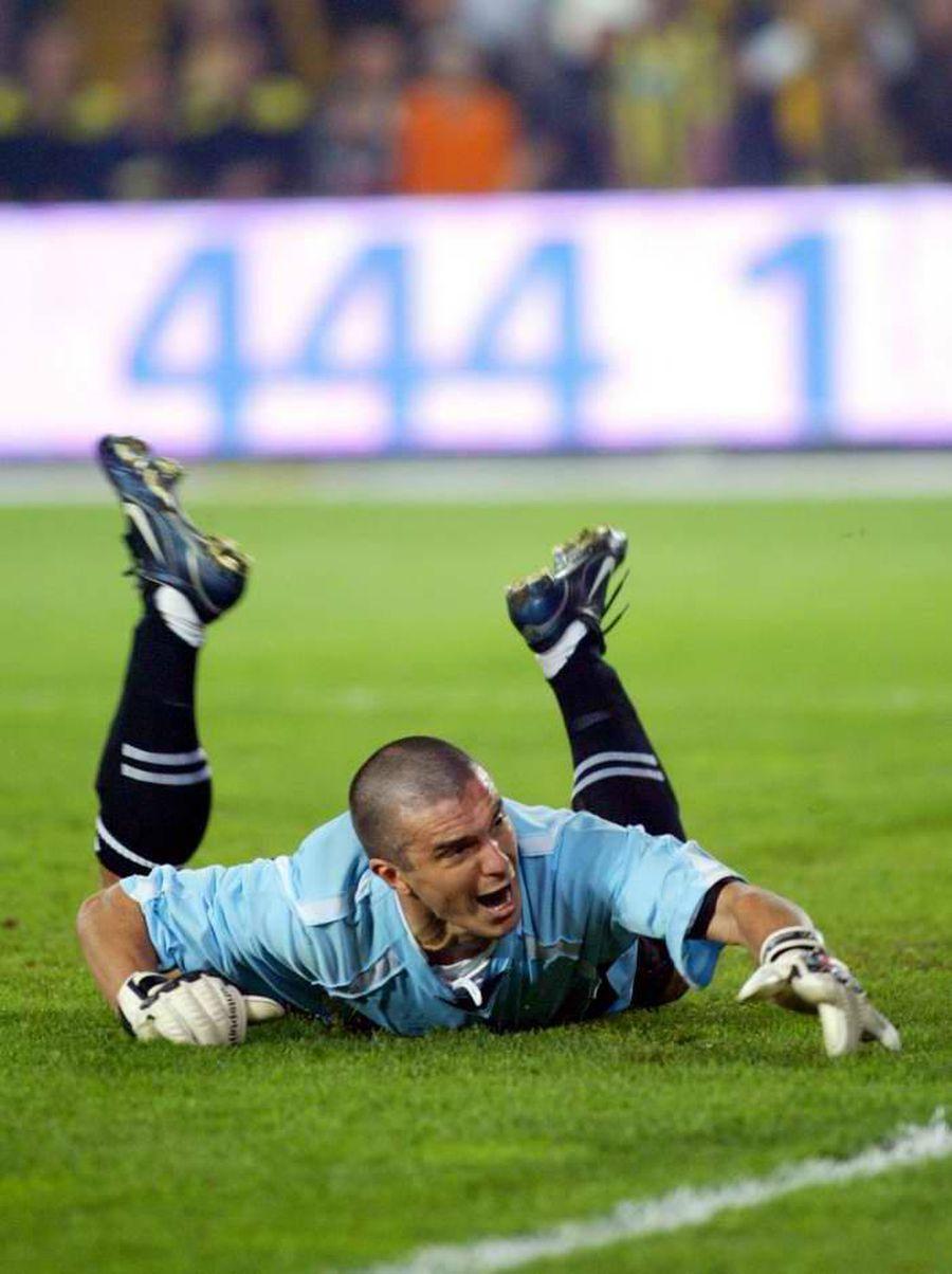 Daniel Pancu a apărat 20 de minute în meciul Fenerbahce - Beşiktaş 3-4, fără să primească gol.
